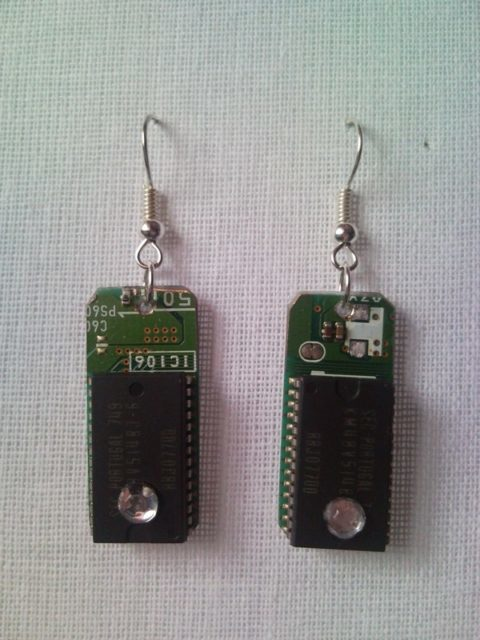 Recycled microchip PCB geek earrings with strass 1.