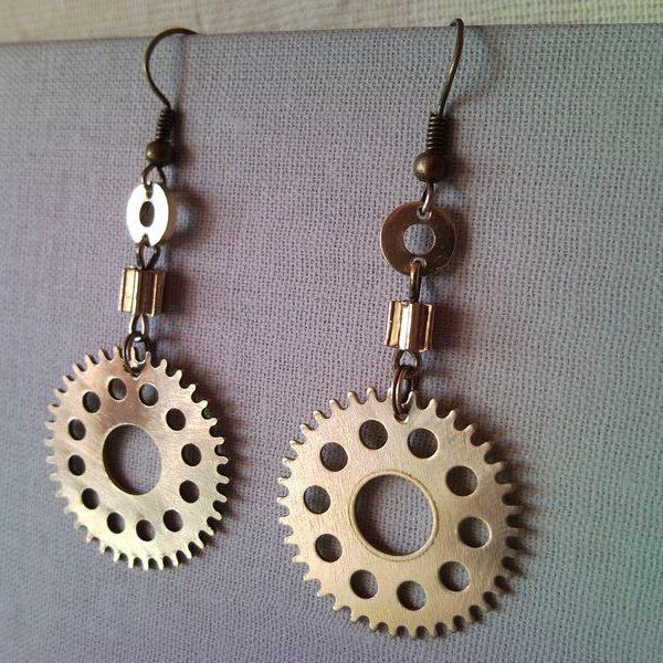 Steampunk style earrings from clockwork gear 1.