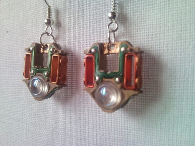 Ring In The Steampunk Decor To Pimp Up Your Home: Recycled Electric CD Player Laser Lens Steampunk Earrings 1