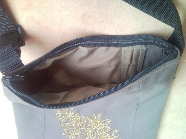 Shoulder bag from military uniform with gold flower 1.