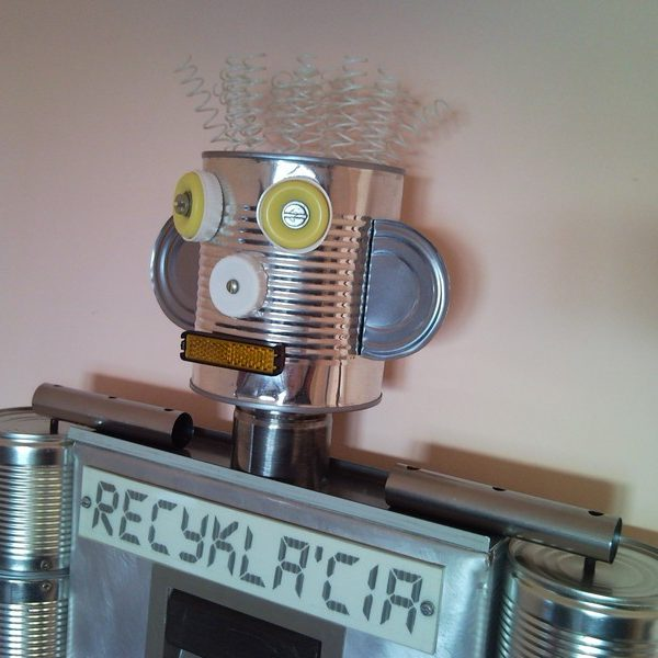 Recycled tin man can robot wall clock for children