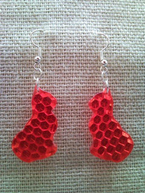Red cat, pussycat, kitten, kitty earrings from retro-reflector