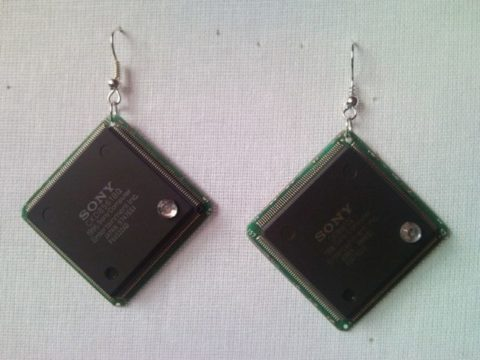 Recycled microchip PCB geekery earrings with strass 10.