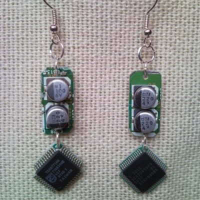 Recycled microchip PCB geekery earrings 3.
