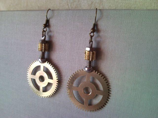 Steampunk style earrings from clockwork gear 2.
