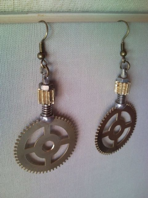 Steampunk style earrings from clockwork gear 2.