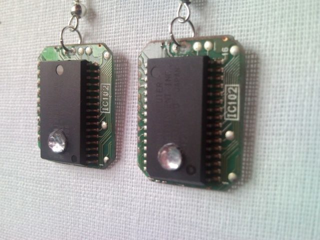 Recycled microchip PCB geek earrings with strass 3.