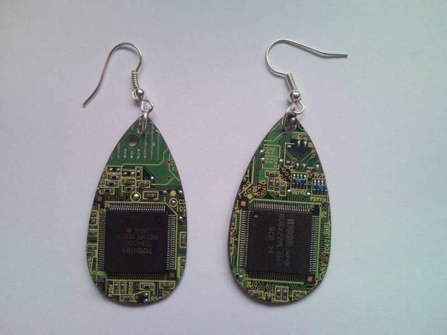 Recycled microchip PCB geekery earrings 18.