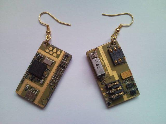 Recycled microchip PCB geekery earrings 19.