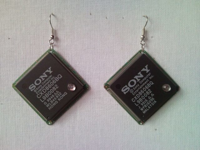 Recycled microchip PCB geekery earrings with strass 9.