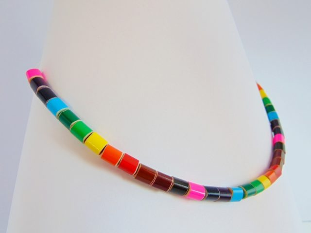 Rainbow colored pencil crayon necklace on fishing line 1 for Colored fishing line
