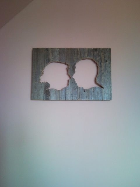 Rustic wall picture pallet silhouette portrait from photo for Funny home decor